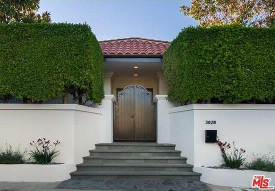 Mila Kunis home