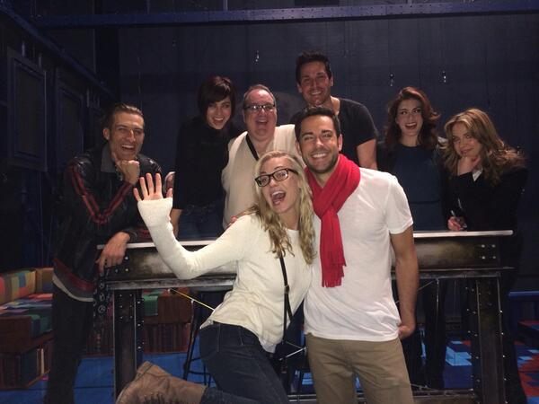 Zachary levi and yvonne strahovski dating in real life