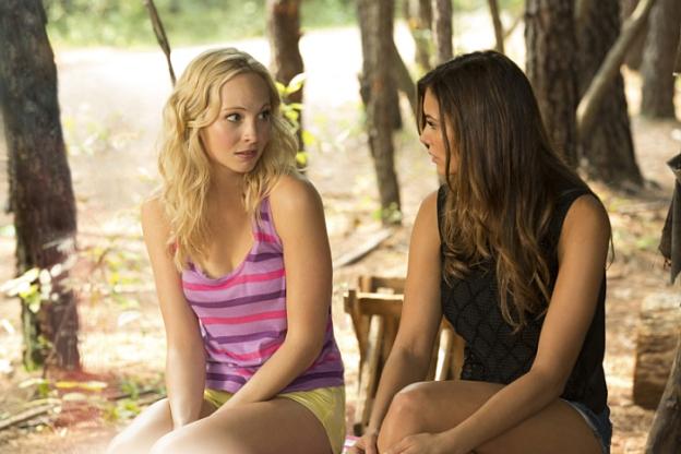 Candice Accola, Nina Dobrev, Elena Gilbert, Caroline Forbes, Vampire Diaries