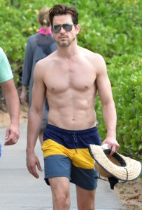 Shirtless-Matt-Bomer-Maui-Hawaii-Pictures5
