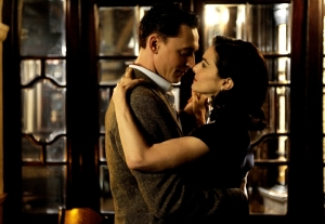 Tom Hiddleston, Freddie Page, Rachel Weisz, Hester, Deep Blue Sea