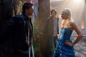 Jensen Ackles, Dean Winchester, Jared Padalecki, Sam Winchester, Paris Hilton, Supernatural