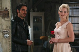 Jennifer Morrison, Emma Swan, Colin O'Donoghue, Killian Jones, Captain Hook, Once Upon a Time