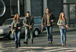 Jensen Ackles, Dean Winchester, Jared Padalecki, Sam Winchester, Alona Tal, Jo Harvelle, Ellen Harvelle, Supernatural