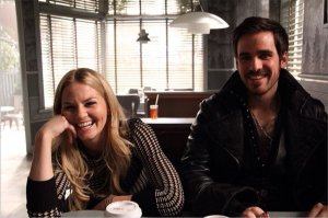 Jennifer Morrison, Emma Swan, Colin O'Donoghue, Captain Hook, Killian Jones, OUAT